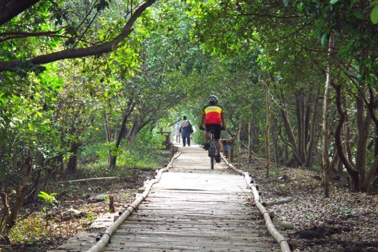 wisata alama di jakarta